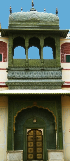 City_Palace_Jaipur_-_Green_Gate_of_Pitam_Niwas_Chowk