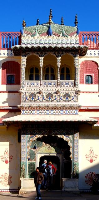 Peacock_gate_Jaipur_2011