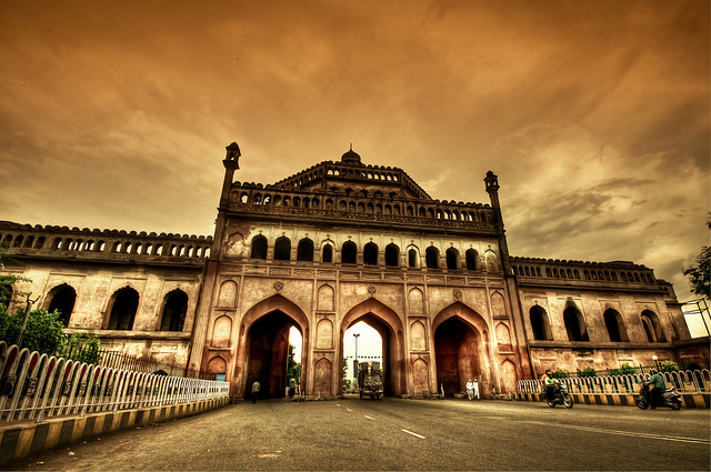 Lucknow_The_City_of_Tehzeeb