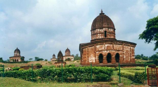 Bishnupur_Cluster_of_Temples